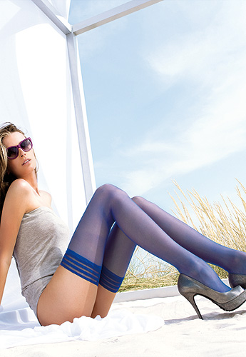 Valentina Coloured Violet Holdups