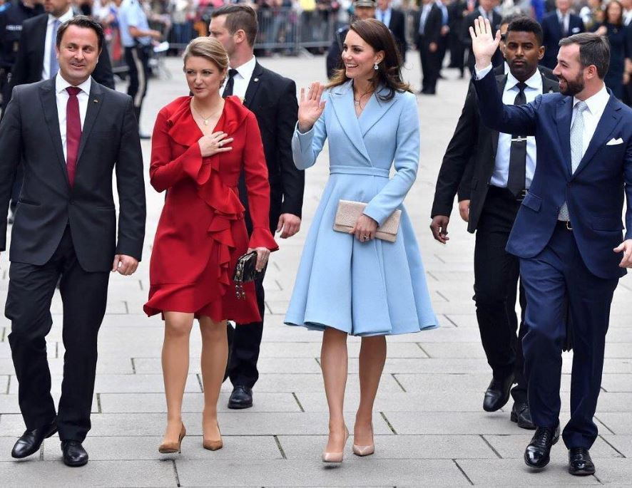 Kate Middleton wears nude shoes
