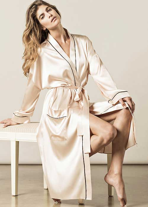 mothers-day-gift-ideas-Nui-Ami-Paris-Robe
