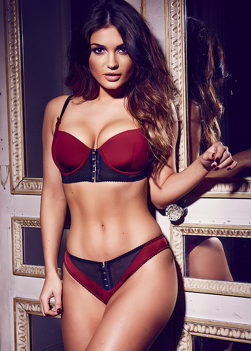 Pour Moi Hook Up Lingerie Set