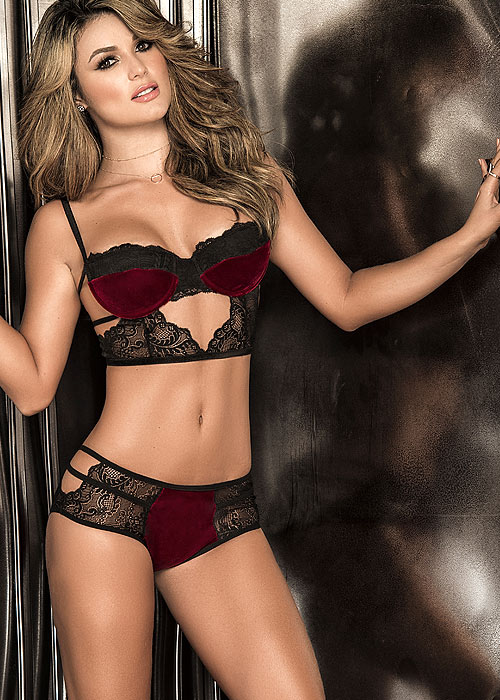 Mapale half cup balconette bra with matching shorty