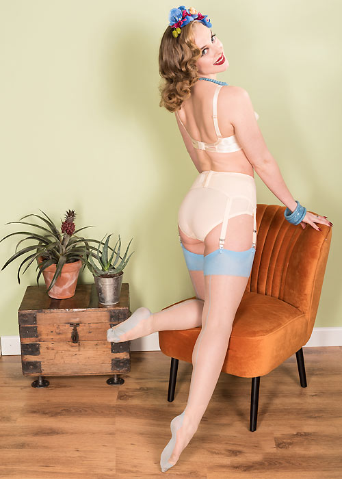 2e2bee54b Vintage seamed stockings  This is the ultimate brand - UK Tights Blog