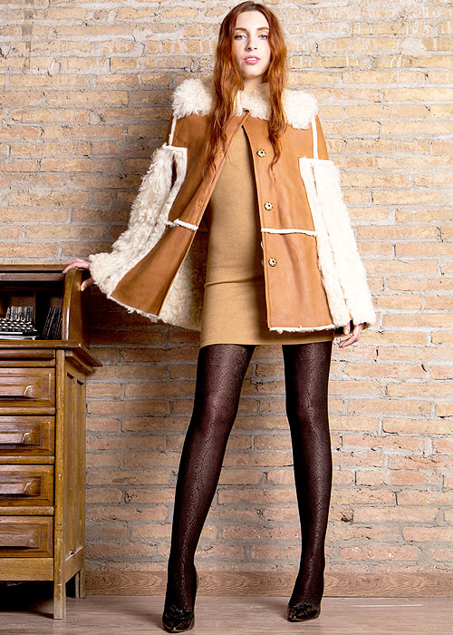 Thick patterned tights by Cecilia de Rafael